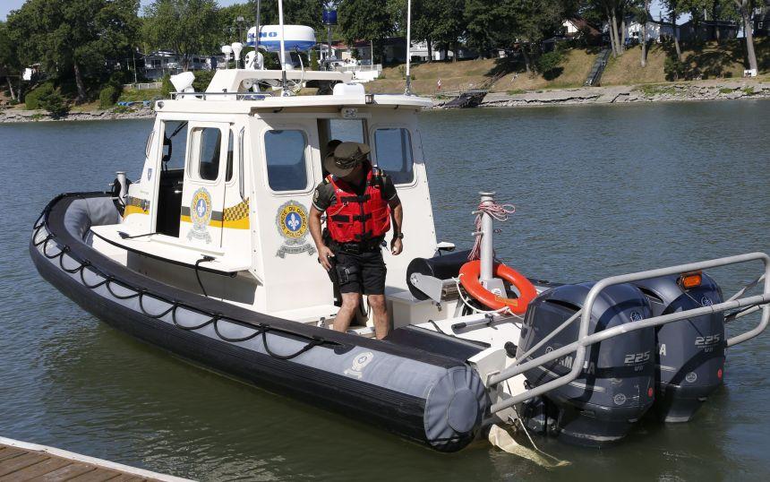 Sauvetage nautique dans les eaux du fleuve Saint-Laurent