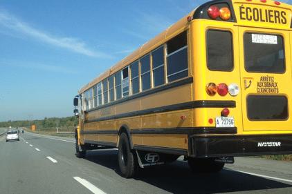 Un cafouillage à propos du transport scolaire crée des maux de tête aux parents