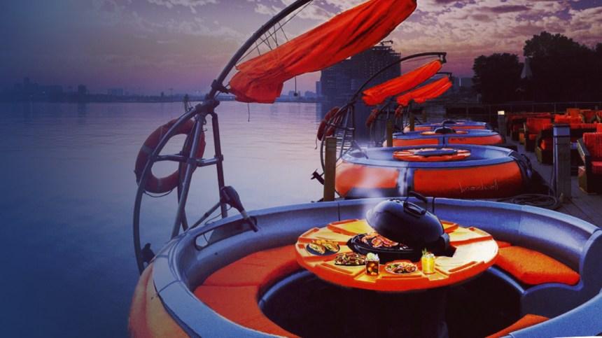 Profitez d'une journée unique à bord d'un bateau-beigne