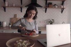 Cuisinez en compagnie de chefs renommés en vidéoconférence