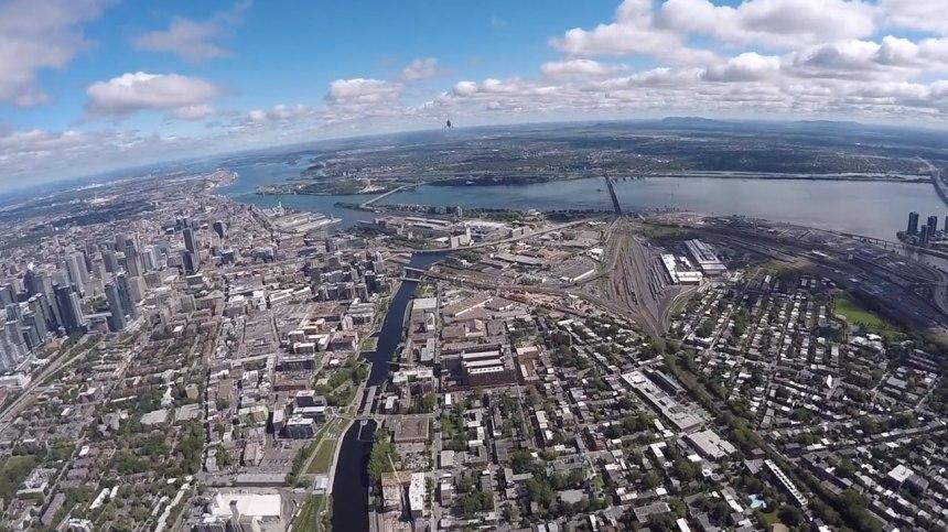Un aperçu grandiose de Montréal et ses attraits vu des airs