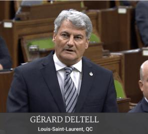 Gérard Deltell rend hommage aux victimes de Wendake