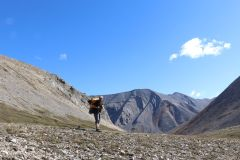 Randonnée extrême: deux passionnés d'ici arpentent la Canol Heritage Trail