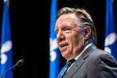 Québec en zone jaune dès lundi, les bals de finissants seront permis
