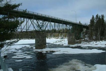 Fermeture préventive de l'ancien pont Gosford