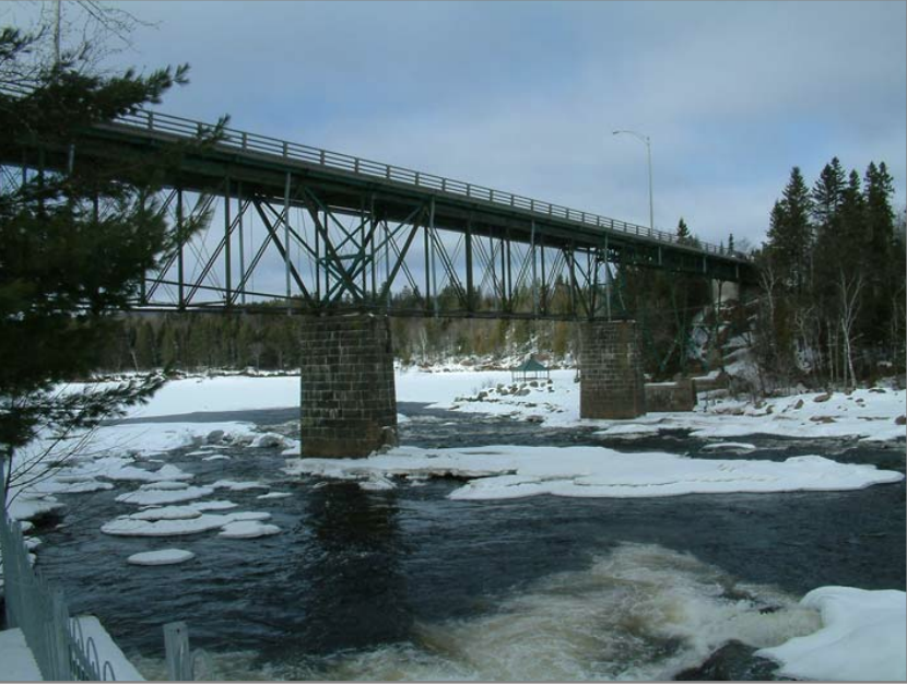Travaux de stabilisation de l'ancien pont Gosford