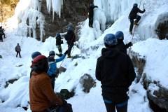Escalade de glace: adrénaline assurée