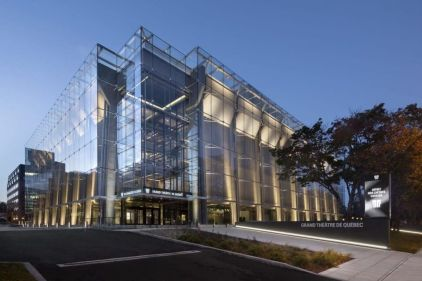L'enveloppe de verre du Grand Théâtre séduit les architectes et le public