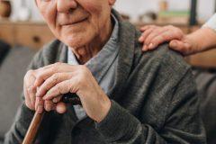Vaccin: les deux doses administrées dans tous les CHSLD du Québec
