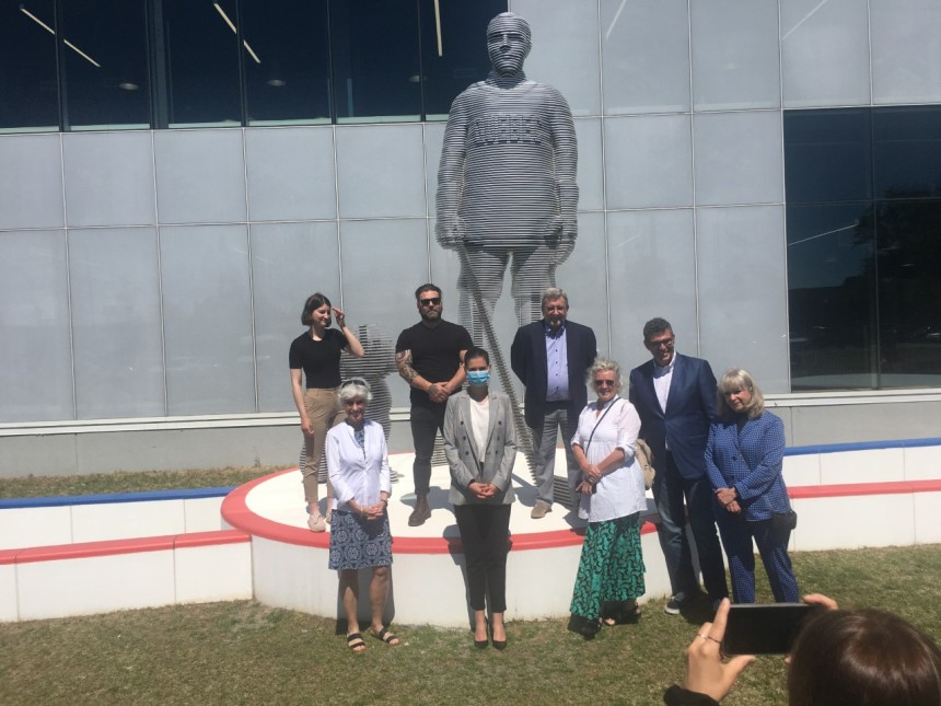 Inauguration de la statue de Joe Malone