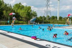 Piscines et jeux d'eau: lieux propices au rafraîchissement