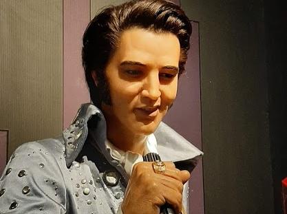 Elvis débarque à Miniland