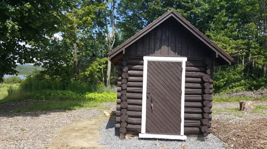 La cabane du gardien, vestige du passé à Lac-Saint-Charles