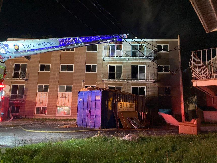 Une 4e alarme pour maitriser un feu à Charlesbourg