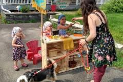Un marché des enfants à Guillaume-Mathieu