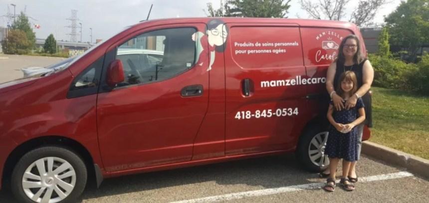 Mam'zelle Caroline, le magasin mobile qui se rend dans les résidences
