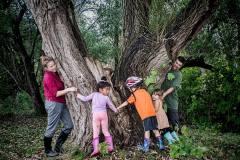 Des centaines de familles rendent grâce à la nature