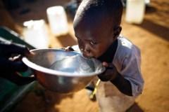 Una persona su nove non ha accesso all'acqua sicura