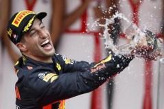 Ricciardo sbanca Montecarlo