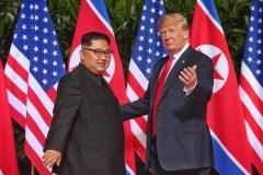 Incontro Trump e Kim: «Al lavoro per la completa denuclearizzazione»