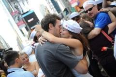 """6 luglio """"Giornata mondiale del bacio"""""""