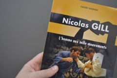 Biographie de Nicolas Gill: Un passage dédié à Antoine Valois-Fortier