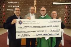 Un chèque pour la paroisse