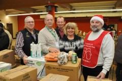 Distribution de 207 paniers de Noël
