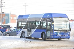 Le RTC présente son nouveau midibus hybride