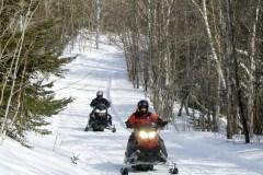 Club de motos-neige le petit sentier
