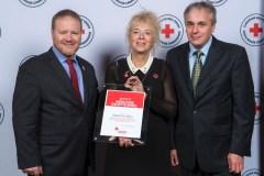 Madeleine Blais honorée par la Croix-Rouge