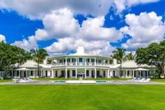 Céline Dion remet en vente à un prix inférieur sa propriété de Floride