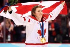 Après 23 ans avec l'équipe canadienne, Hayley Wickenheiser annonce sa retraite