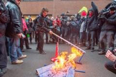 200 personnes manifestent à Montréal contre l'accession de Donald Trump à la présidence