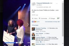 François Bellefeuille remet 7000$ aux propriétaires d'un commerce de Québec ravagé par le feu