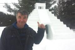 Une pyramide maya en neige pour réchauffer l'hiver