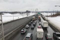 L'opération déglaçage du pont Pierre-Laporte crée un trafic monstre