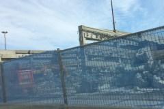 Démolition en cours dans le stationnement de Place Ste-Foy