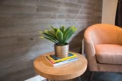 Du bois mural rendu plus accessible en décoration intérieure
