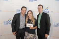 Deux étudiantes-athlètes de Québec reçoivent des bourses pour leur excellence académique
