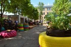 De la musique, du yoga et des hamacs dans Saint-Roch
