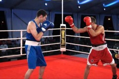 Un boxeur de Charlesbourg avec InterBox