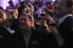 Bordeaux fête le vin: la pluie complique l'événement