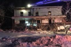 Incendie à Charlesbourg: 60 pompiers, 4 alarmes