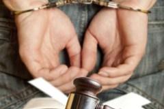 Arrestation pour menaces envers une communauté religieuse