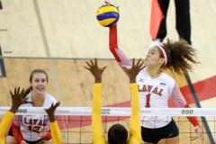 Les filles du Rouge et Or rebondissent contre les championnes canadiennes